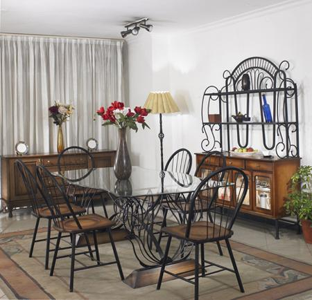 Pansy Dining Set