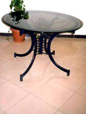 Selvia Dining Table